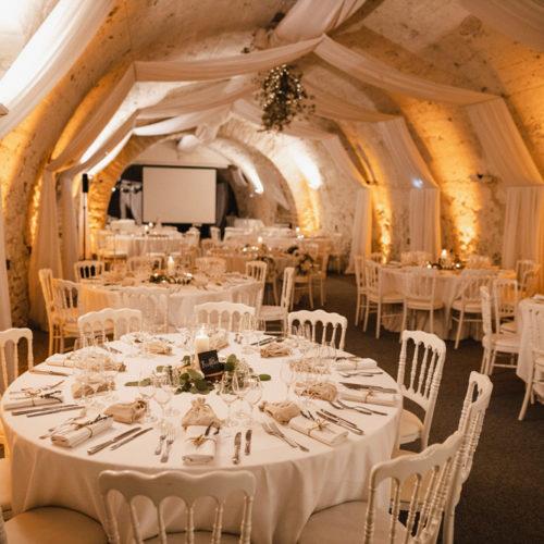 Décoration mariage rhone alpes Art déco receptions Château chapeau cornu (34)